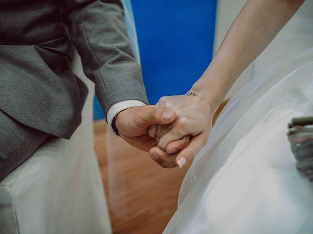 La boda de Yadier y Laura en Figueres, Girona 32