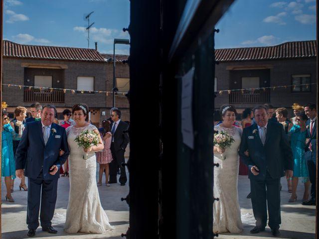 La boda de Marcos y Marta en Guadamur, Toledo 9