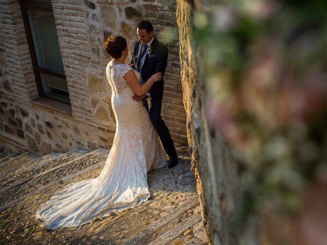 La boda de Marcos y Marta en Guadamur, Toledo 17