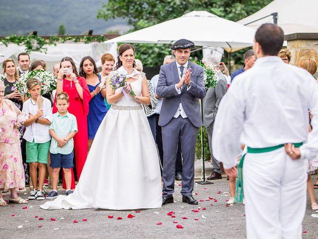 La boda de Mikel y Miren en Lezama, Álava 12