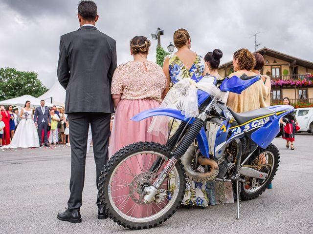 La boda de Mikel y Miren en Lezama, Álava 13