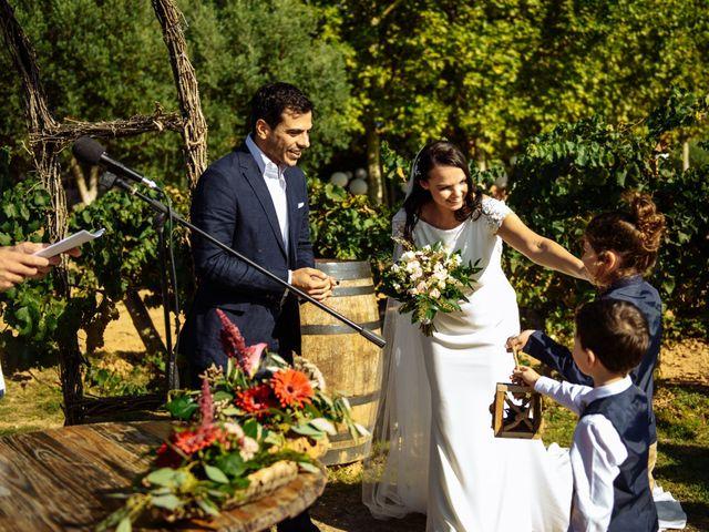 La boda de Gal y Agnes en Sant Cugat Sesgarrigues, Barcelona 41