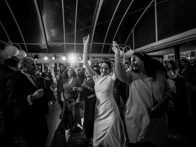 La boda de Alejandro y Laura en Cáceres, Cáceres 36