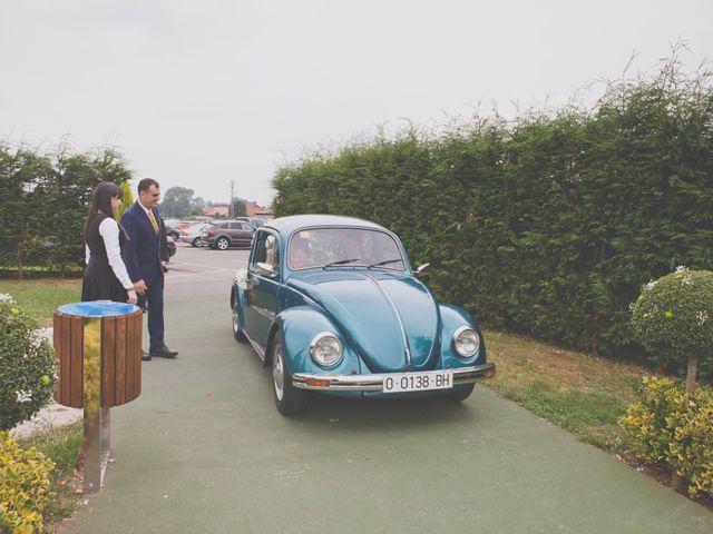 La boda de Marcos y Irene en Oviedo, Asturias 20