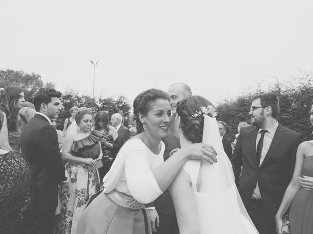 La boda de Marcos y Irene en Oviedo, Asturias 31