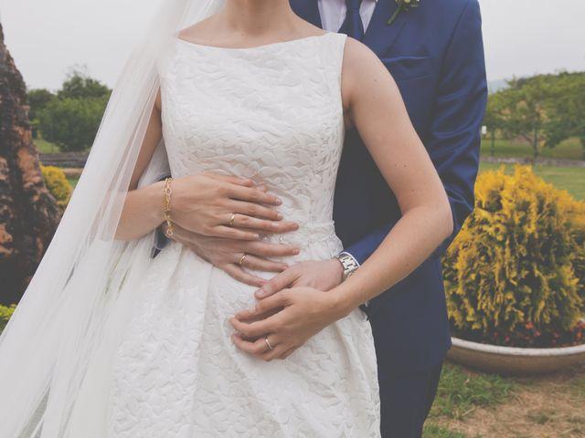La boda de Marcos y Irene en Oviedo, Asturias 35