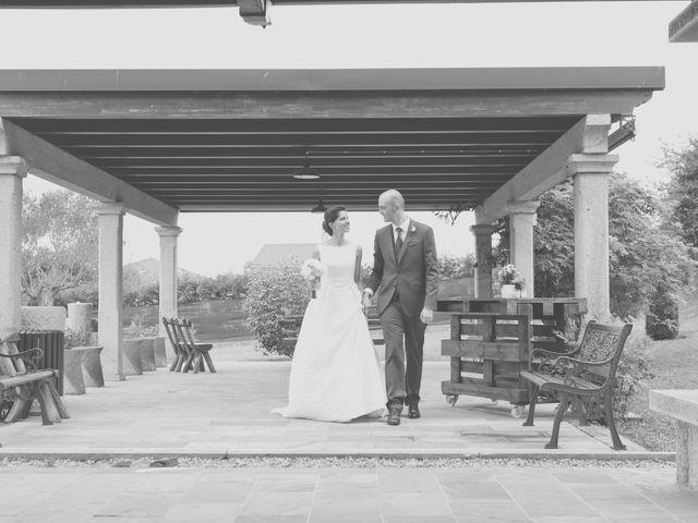 La boda de Marcos y Irene en Oviedo, Asturias 37