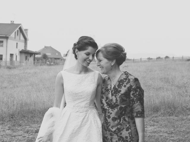 La boda de Marcos y Irene en Oviedo, Asturias 41