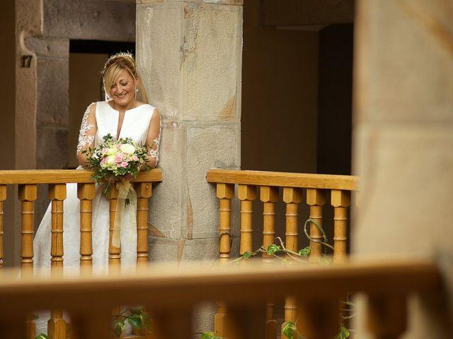 La boda de Rober y Vanessa en Balmaseda, Vizcaya 29