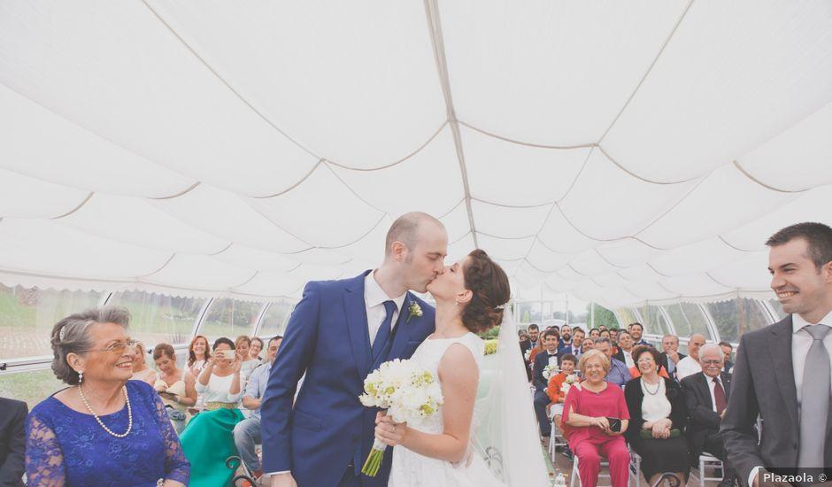La boda de Marcos y Irene en Oviedo, Asturias