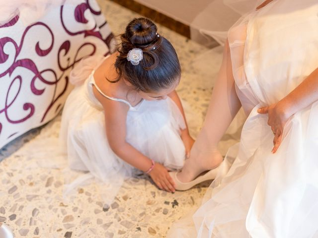 La boda de Jonatan y Christina en Lloret De Mar, Girona 32