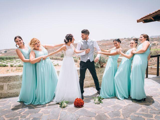 La boda de Jose y Pamela en Los Blanquitos, Santa Cruz de Tenerife 29