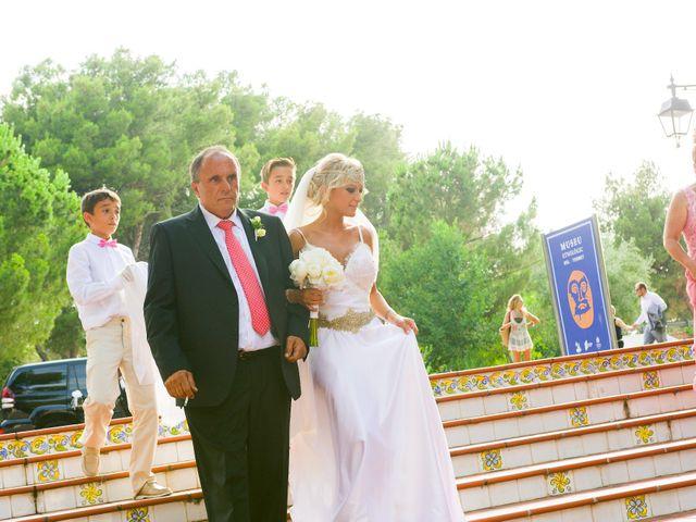 La boda de Juan Manuel y Bea en Burriana, Castellón 14
