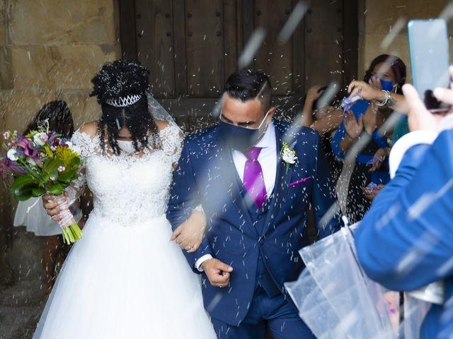 La boda de Estefania y Adrian en Riaño (Langreo), Asturias 24