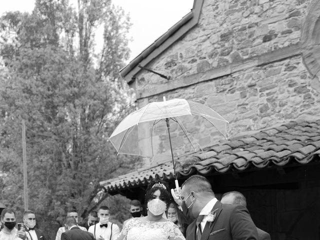 La boda de Estefania y Adrian en Riaño (Langreo), Asturias 25