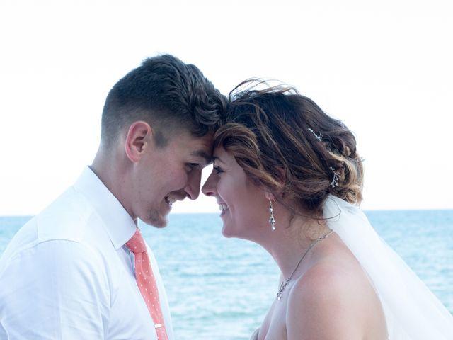 La boda de Liam y Joanne en Altea, Alicante 46
