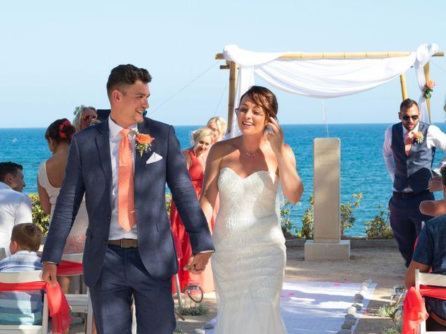 La boda de Liam y Joanne en Altea, Alicante 48