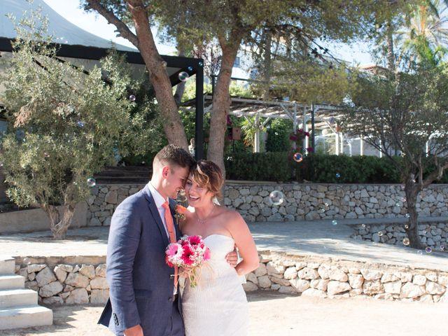 La boda de Liam y Joanne en Altea, Alicante 94