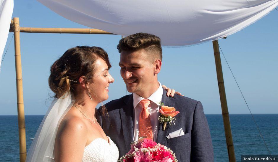La boda de Liam y Joanne en Altea, Alicante