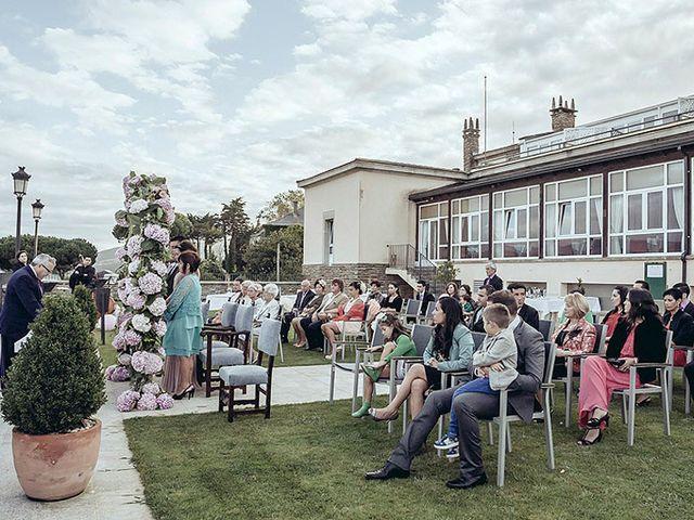La boda de Luis y Silvia en Ribadeo (Casco Urbano), Lugo 10