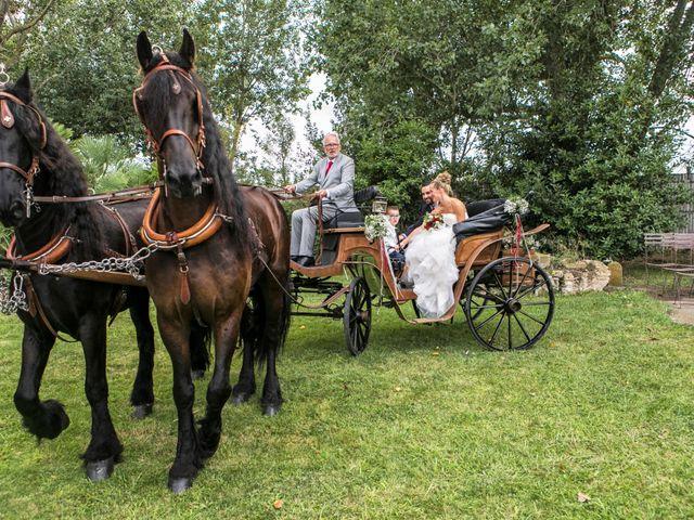 La boda de Gerard y Eva en Sant Pere Pescador, Girona 52
