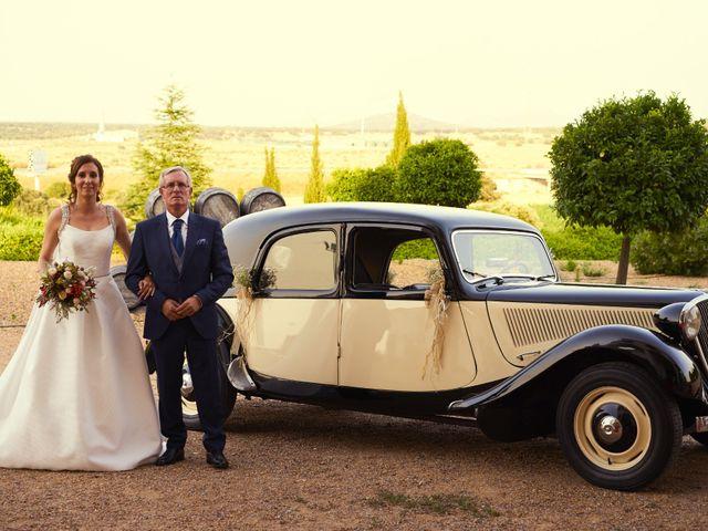 La boda de Natán y María Rosa en Mérida, Badajoz 25