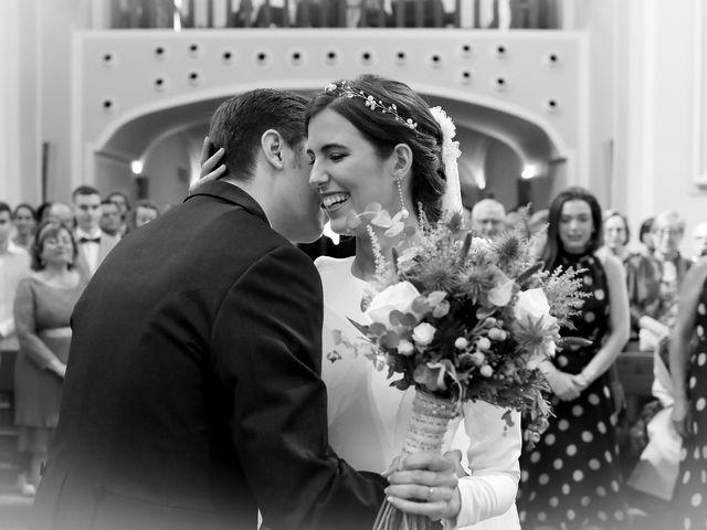 La boda de Luis y Adriana en Benicàssim/benicasim, Castellón 33