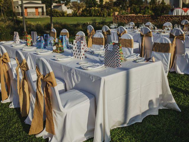 La boda de Quini y Melania en Badajoz, Badajoz 16