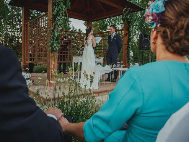 La boda de Quini y Melania en Badajoz, Badajoz 30