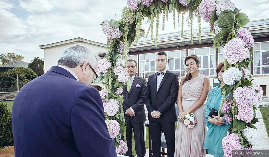 La boda de Luis y Silvia en Ribadeo (Casco Urbano), Lugo