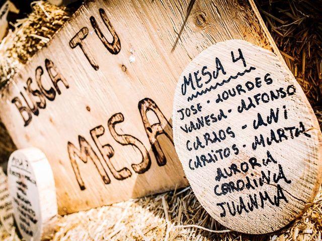 La boda de Omar y Lorena en Collado Villalba, Madrid 38