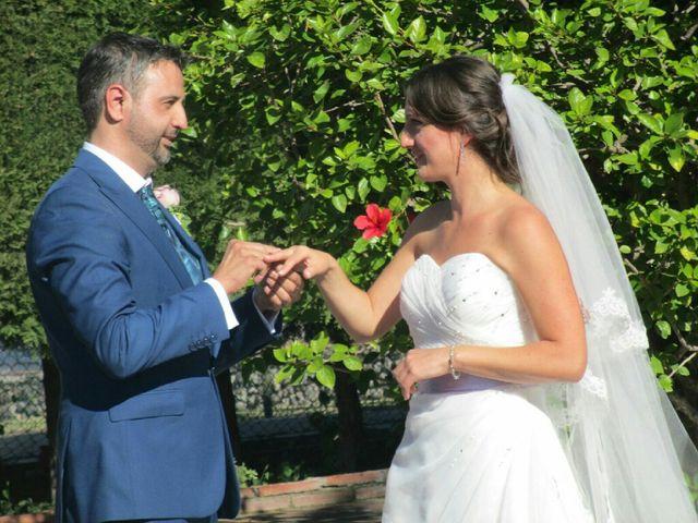 La boda de Rafael y Verónica  en Fuengirola, Málaga 3