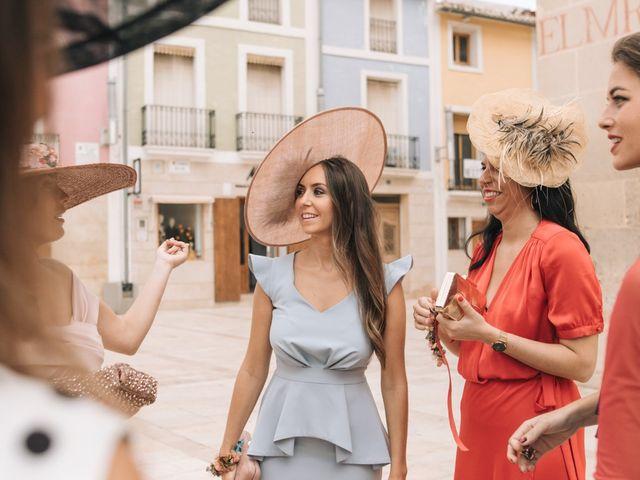 La boda de Antonio y Rocío en Mutxamel, Alicante 29