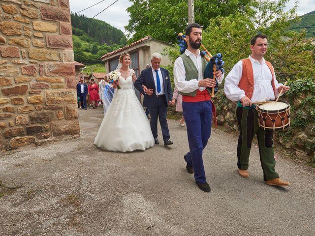 La boda de Alejandro y Aurora en Celis, Cantabria 2