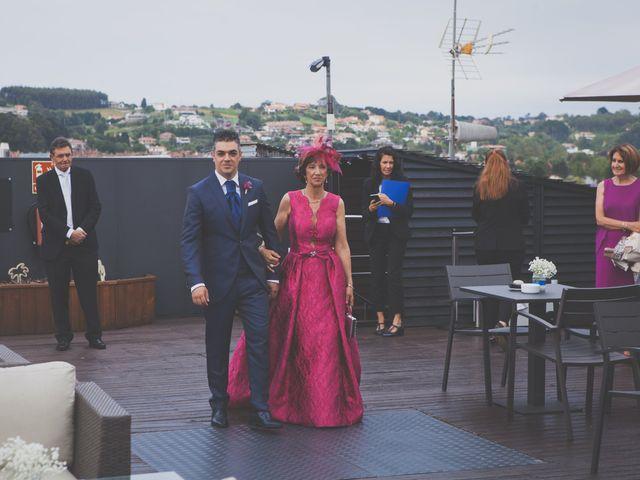 La boda de Jorge y Noelia en Gijón, Asturias 25