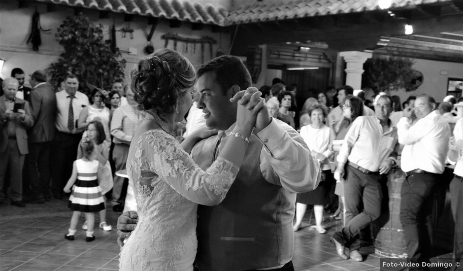 La boda de José Miguel y Mª Ángeles en Bolaños De Calatrava, Ciudad Real