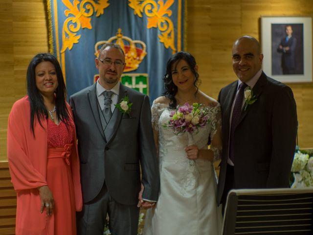 La boda de Javier y Claudia en Getafe, Madrid 26