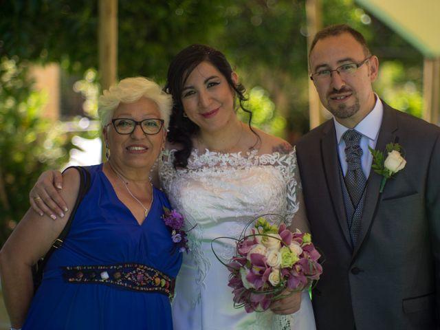 La boda de Javier y Claudia en Getafe, Madrid 10