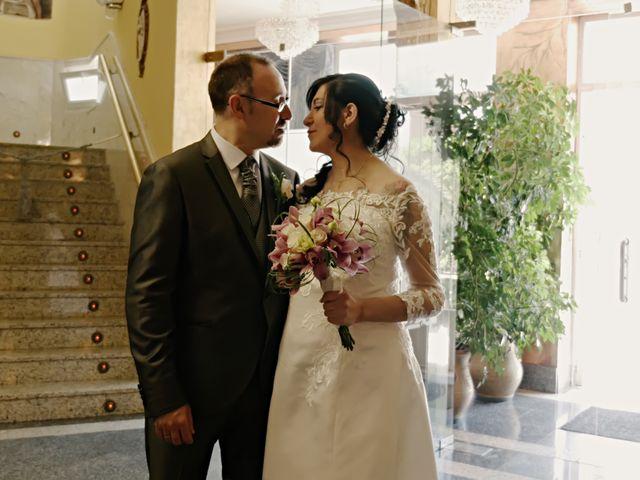 La boda de Javier y Claudia en Getafe, Madrid 37
