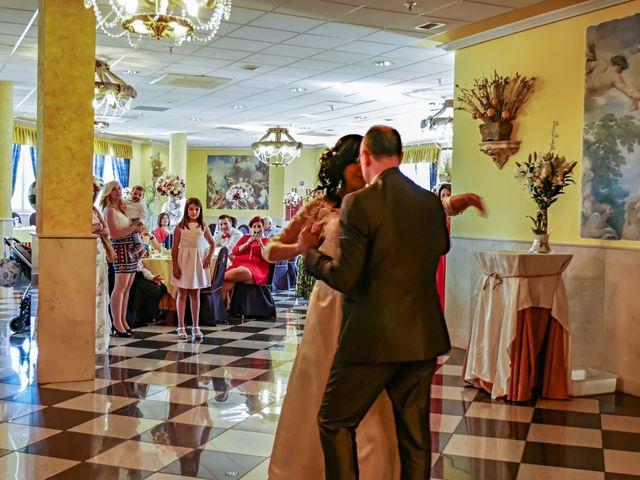 La boda de Javier y Claudia en Getafe, Madrid 48