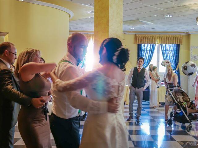 La boda de Javier y Claudia en Getafe, Madrid 43