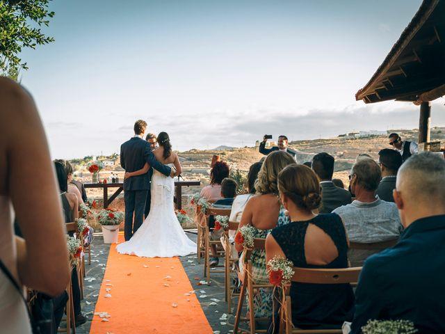 La boda de Fabián y Paulina en Granadilla, Córdoba 17