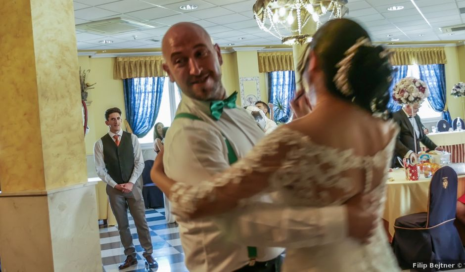 La boda de Javier y Claudia en Getafe, Madrid