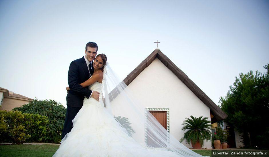 La boda de Alejandro y Ana Karina en Catarroja, Valencia