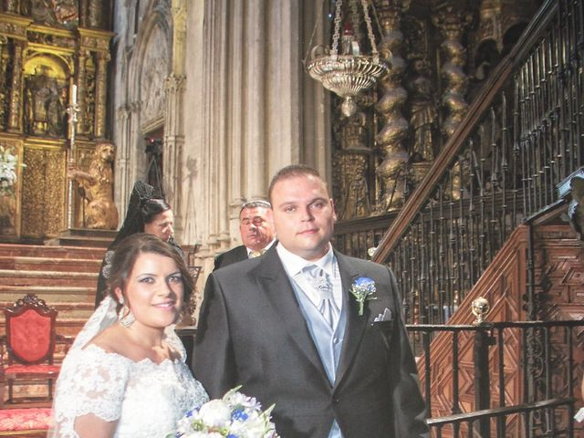 La boda de Juan  y Zoraida en Carmona, Sevilla 18