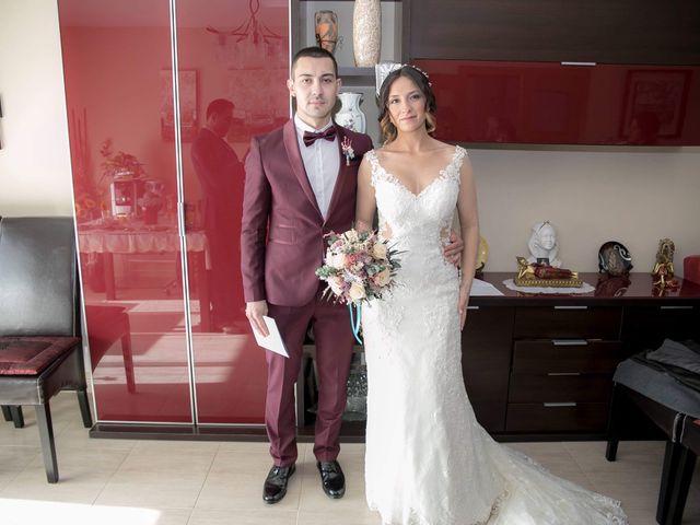 La boda de Alejandro y Lorena en Torredembarra, Tarragona 21
