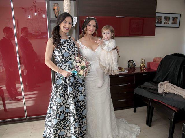 La boda de Alejandro y Lorena en Torredembarra, Tarragona 22