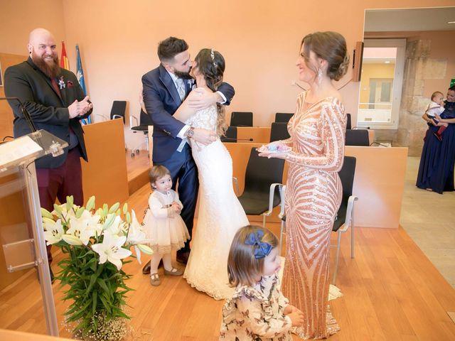 La boda de Alejandro y Lorena en Torredembarra, Tarragona 29