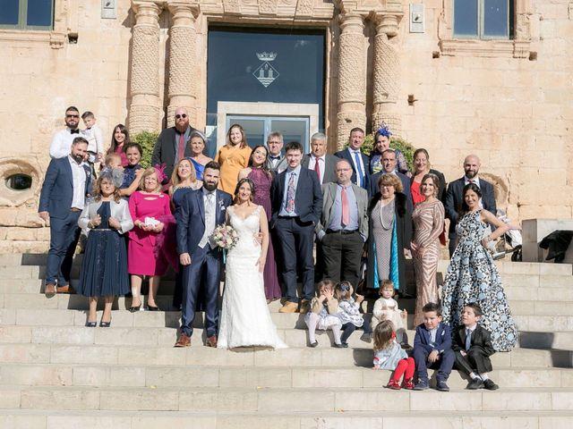 La boda de Alejandro y Lorena en Torredembarra, Tarragona 36