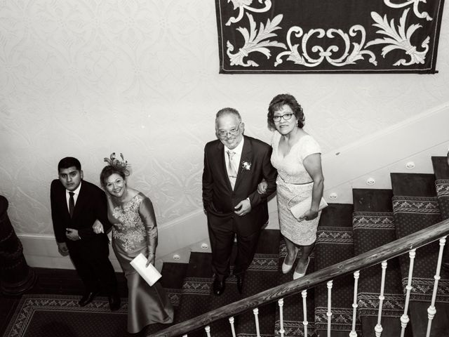 La boda de Juan Carlos y Cristina en Segovia, Segovia 11